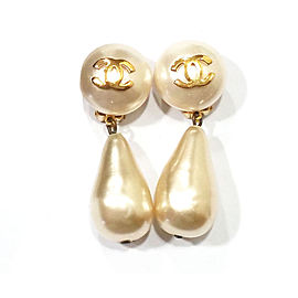 Chanel CC Gold Simulated Glass Pearl Dangle Large Clip On Earrings
