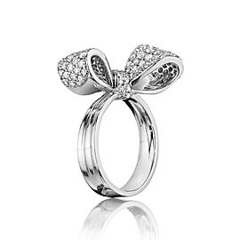 18K Gold Small Bow Diamond Ring