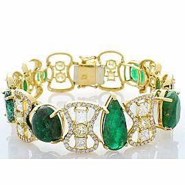 30.30 Carat Total Emerald and Diamond Bracelet in 18 Karat Yellow Gold