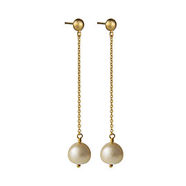 Yossi Harari Jewelry Roxanne 18k Gold Cultured Pearl Chain Mica Earrings