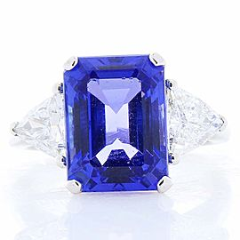 6.27 Carat Emerald Cut Tanzanite and Trillion Diamond Cocktail White Gold Ring