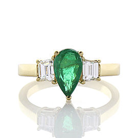 1.32 Carat Pear Shaped Emerald and Diamond Cocktail Ring in 18 Karat Yellow Gold