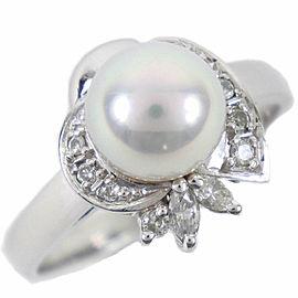 Platinum/Pearl/diamond Ring