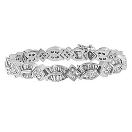 14K White Gold Diamond Geo-Twist Bracelet