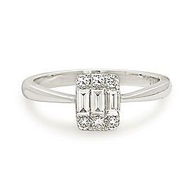 18K White Gold Emerald Cut 0.50ct Diamond Engagement Ring Size 6.25
