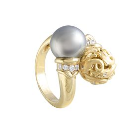 Carrera y Carrera 18K Yellow Gold Diamond and Black Pearl Dolphin Ring Size 5.75