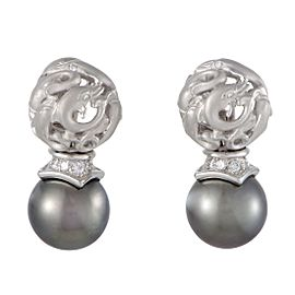 Carrera y Carrera 18K White Gold Diamond and Black Pearl Dolphin Earrings