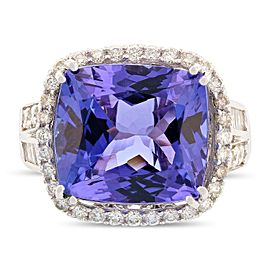18K White Gold Tanzanite Diamond Ring Size 7.5