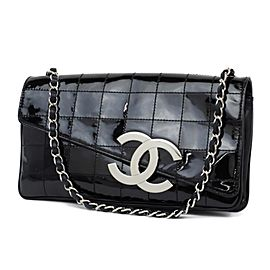 Chanel Quilted Chocolate Bard Jumbo Logo Diagonal Chain Flap 233778 Black Patent Leather Shoulder Bag