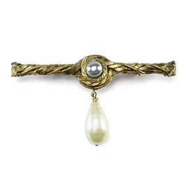 Chanel Gold Tone Metal Grey and Ivory Simulated Glass Pearl Drop Vintage Brooch