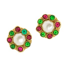Chanel Gripoix Simulated Glass Pearl Clip On Vintage Earrings