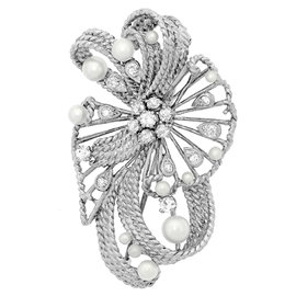 18K White Gold Diamond & Pearl Brooch/Pin