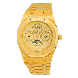 Audemars Piguet Royal Oak Quantieme 18K Yellow Gold Automatic 39mm Mens Watch