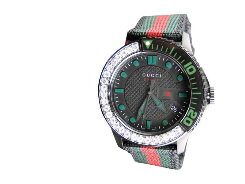 Gucci YA126229 Timeless Canvas Flag Band 2.5 Ct  Diamond Mens Watch