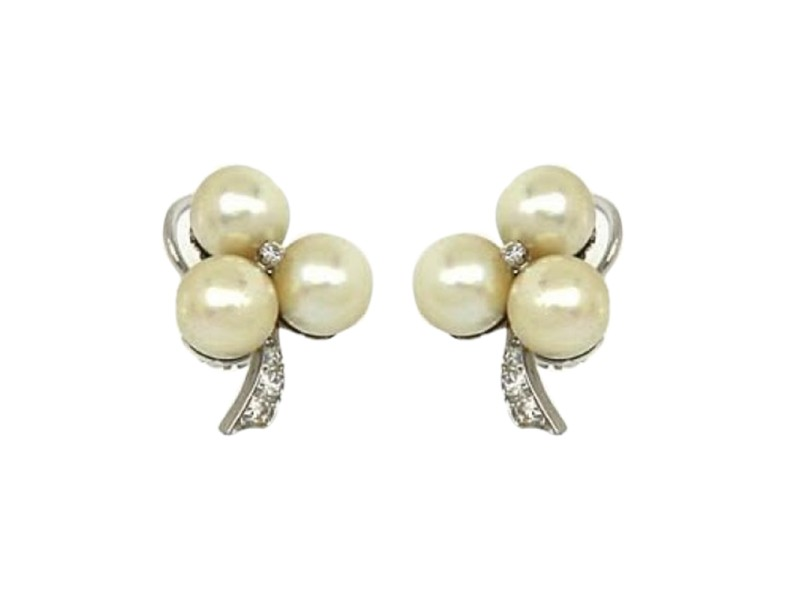 14k White Gold Diamond & Pearls Floral Design Clip on Earrings
