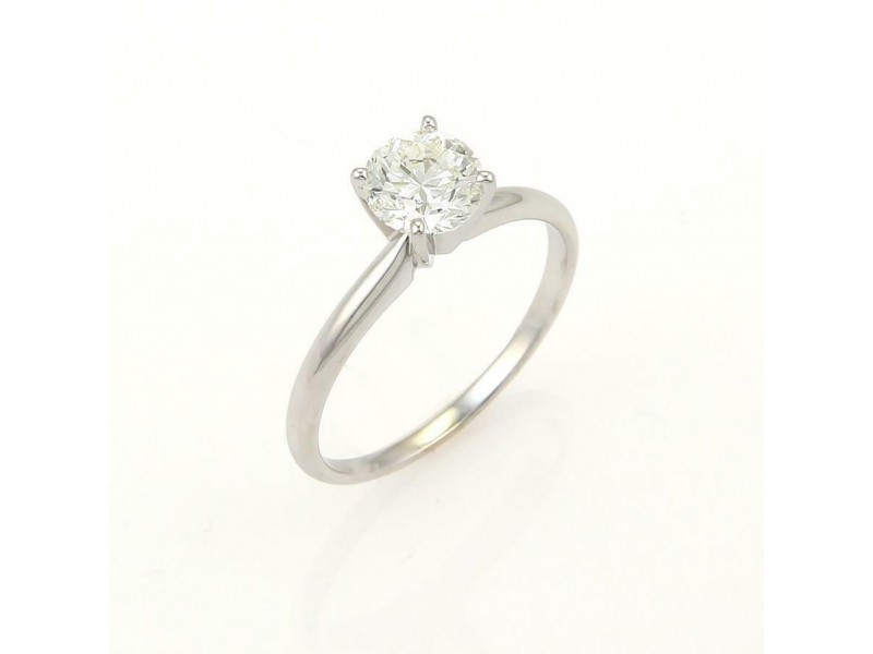 Round Cut 0.93ct J VS1 Solitaire Diamond Engagement Ring w/GIA Certificate