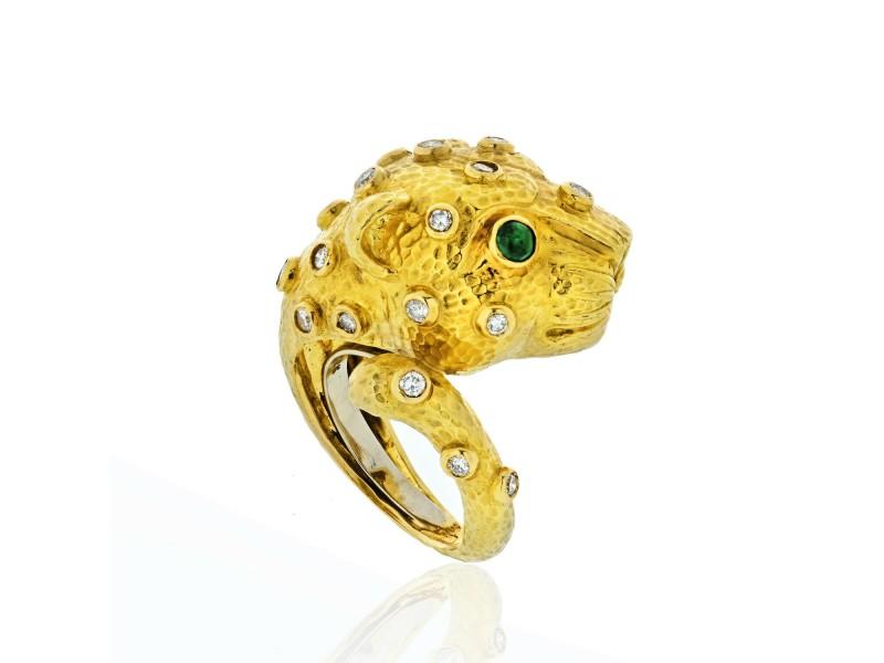 David Webb 18K Yellow Gold  Diamond and Emerald Lion Ring Size 7