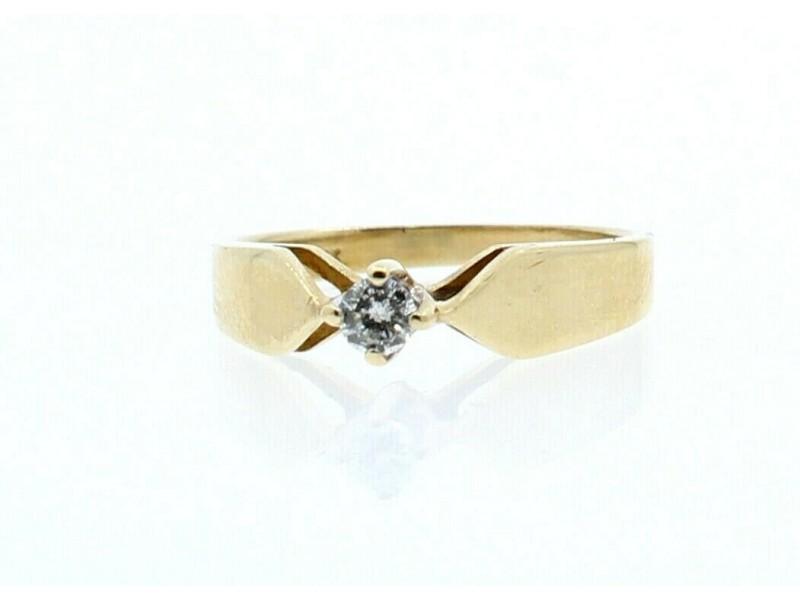 14K YELLOW GOLD .15ct DIAMOND LADIES RING SIZE 6