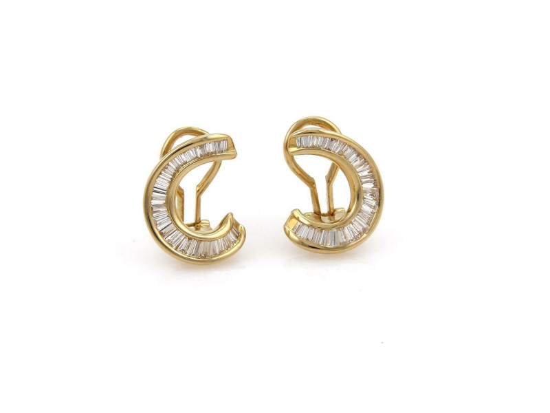 Estate 1.12ct Baguette Diamond 18k Yellow Gold Curved Post Clip Earrings