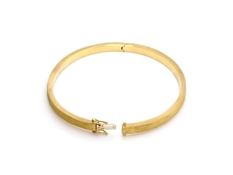 Roberto Coin Diamond 18k Yellow Gold 4.5mm Wide Textured Bangle