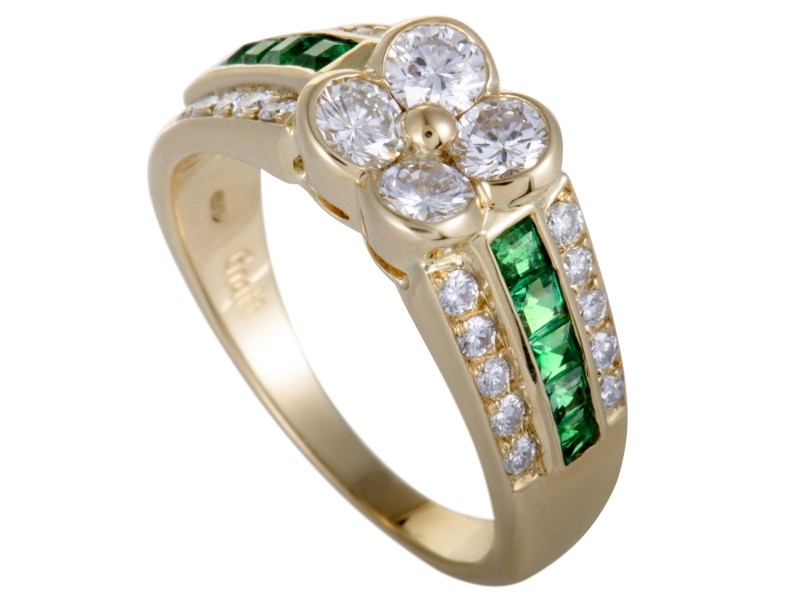 Graff 18K Yellow Gold 0.35ctw Emerald and 1.11ctw Diamond Flower Ring Size 7.25
