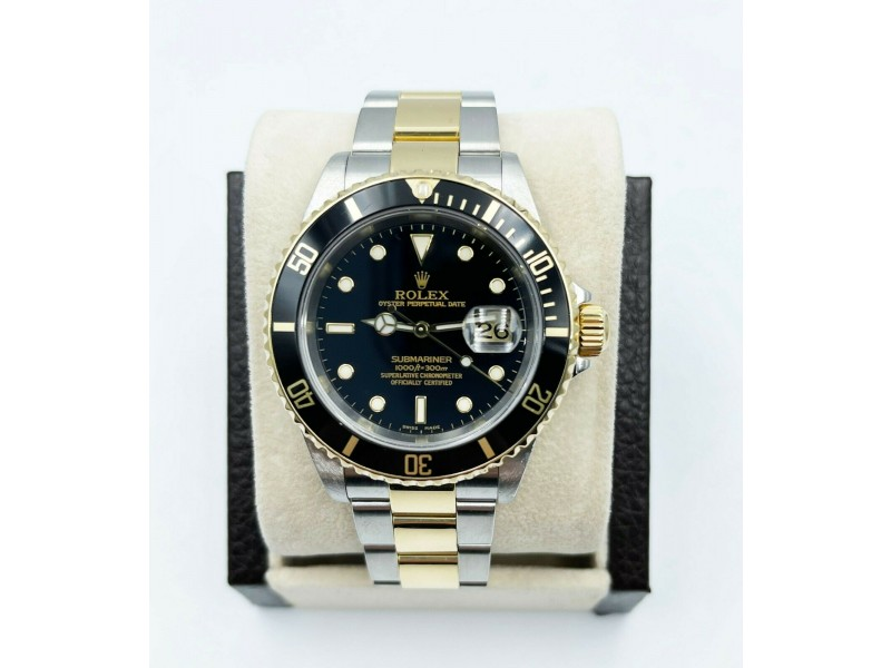 Rolex Submariner 16613 Black Dial 18K Yellow Gold Stainless Steel Box Papers