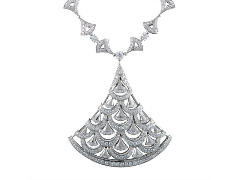 Bulgari Diva's Dream 18K White Gold with 15.73ct Diamond Large Pendant Necklace