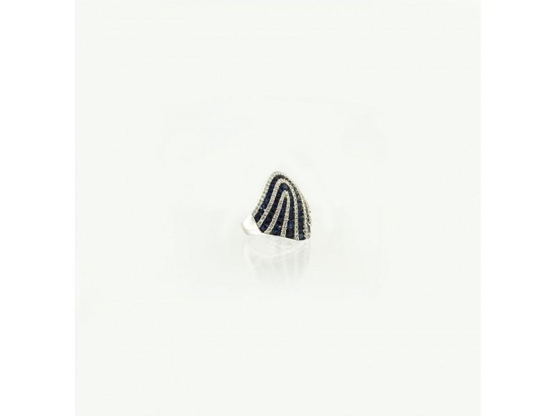 18K White Gold Sapphire And Diamond Swirl Ring