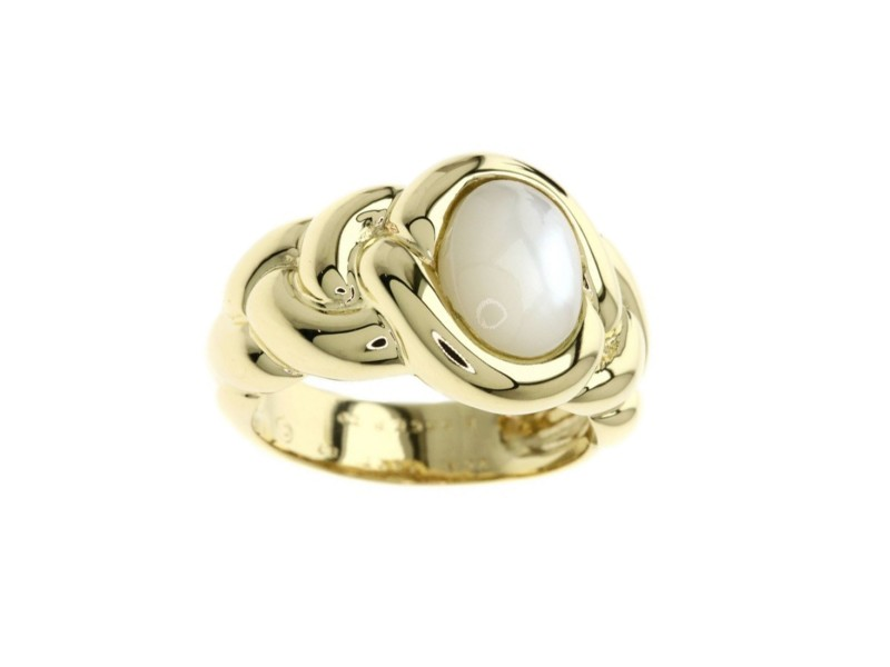 Van Cleef & Arpels 18K Yellow Gold Mother of Pearl Ring Size 6.25