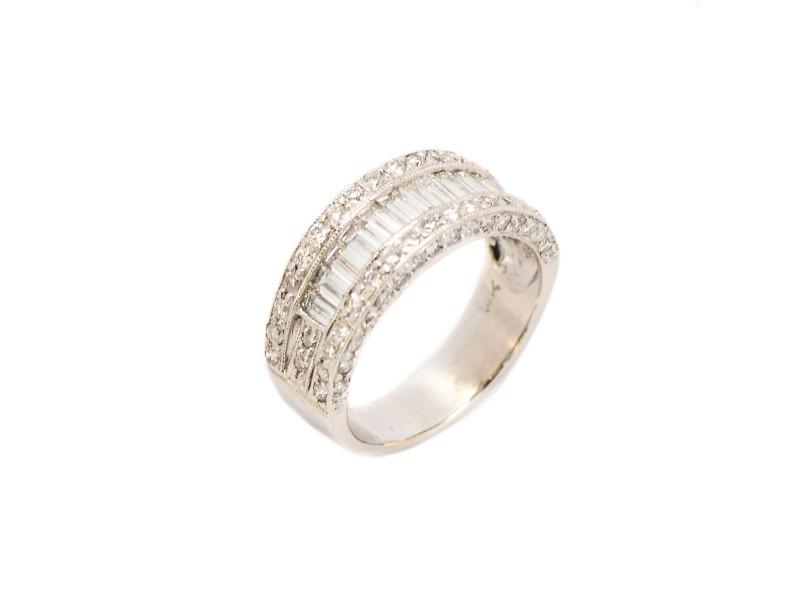 14K White Gold Baguette Diamond