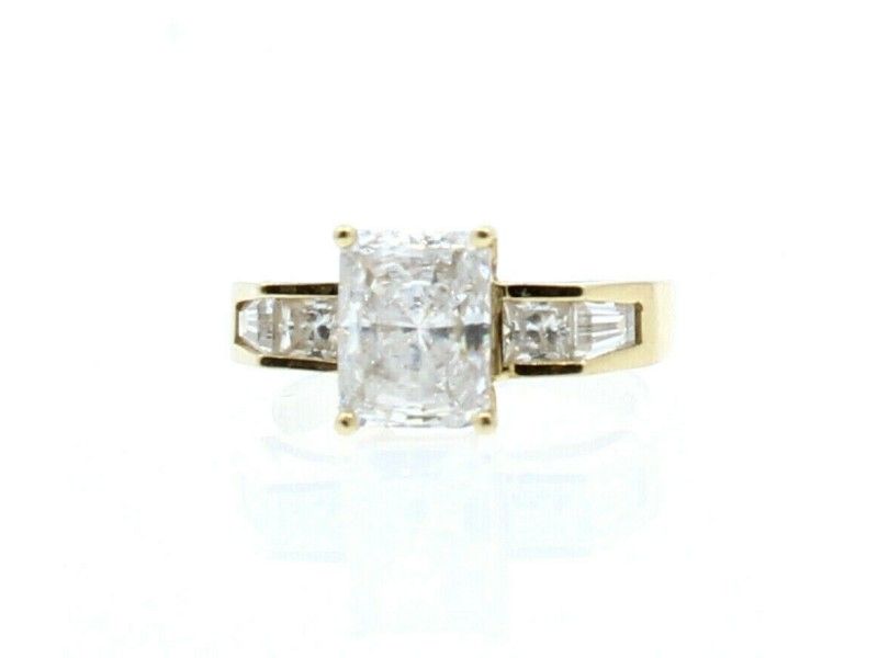 14k Yellow Gold Solitaire w Accents CZ Ladies Ring Size 7