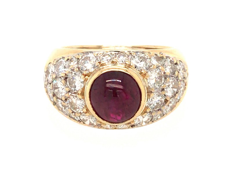 18k Yellow Gold Ruby and Diamond Pave Ring