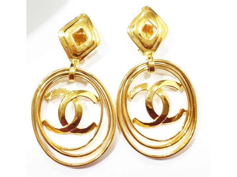 Vintage Chanel 18K Gold Plated Multi Hoop CC Clip On Earrings