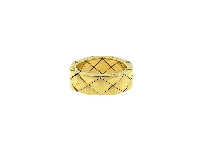 CHANEL 18k Yellow Gold Matelasse Quilted Band Ring