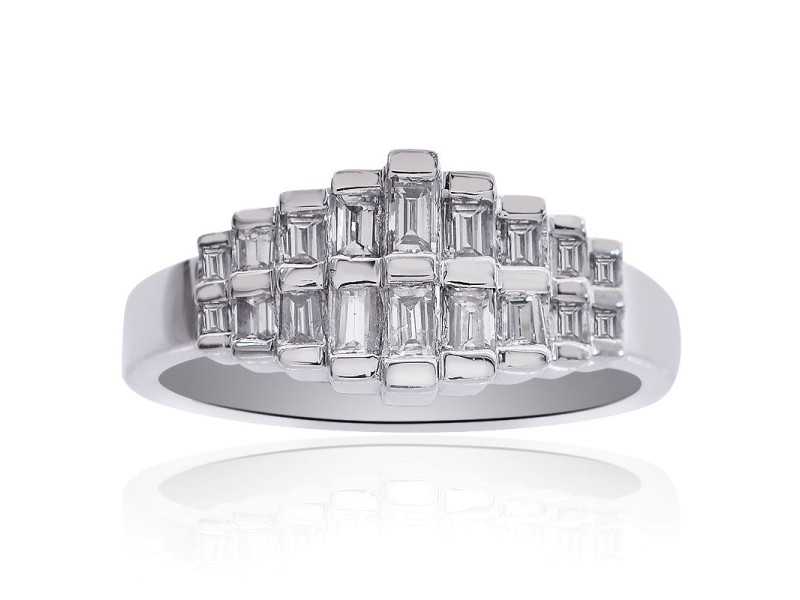 14K White Gold 0.75ct Diamond Cluster Pyramid Ring Size 10.00