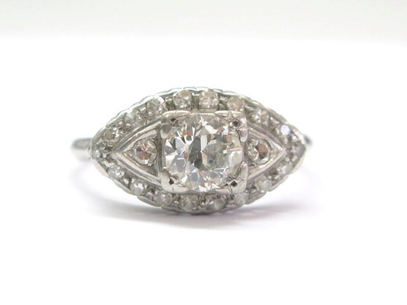 950 Platinum & Diamond Engagement Ring