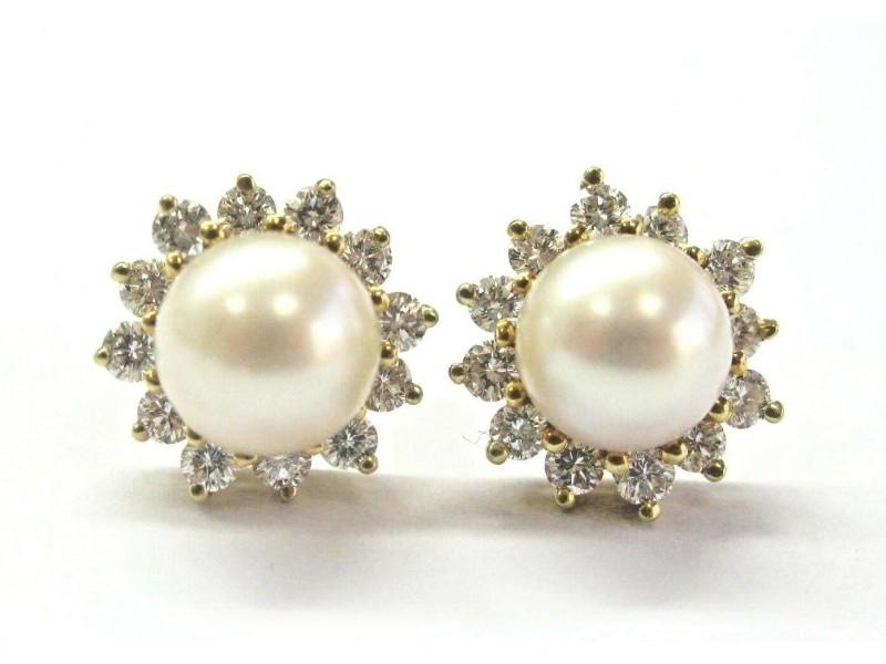 Tiffany & Co 18Kt Pearl & Alternating Diamond Yellow Gold Stud Earrings