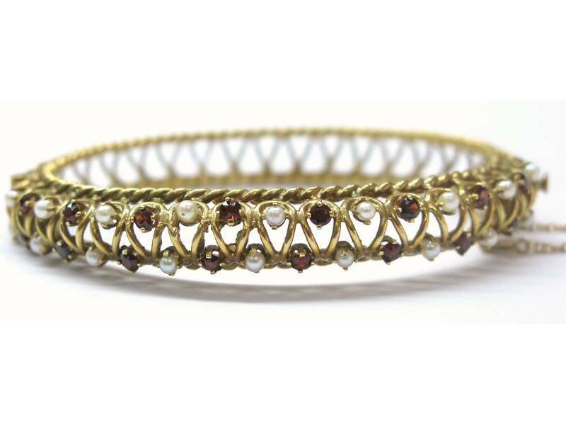 Estate Natural Pearl & Garnet Yellow Gold Bangle Bracelet 14KT