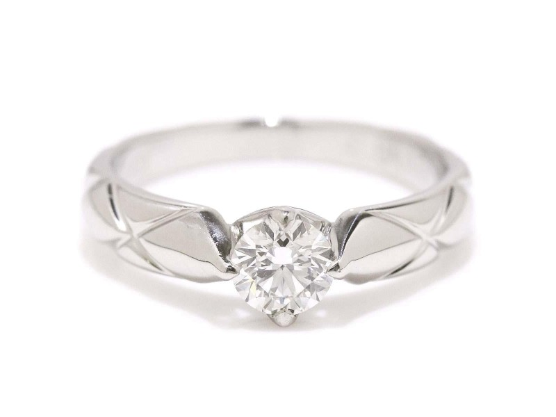 Chanel Matelasse Platinum 0.37ctw Diamond Ring Size 4