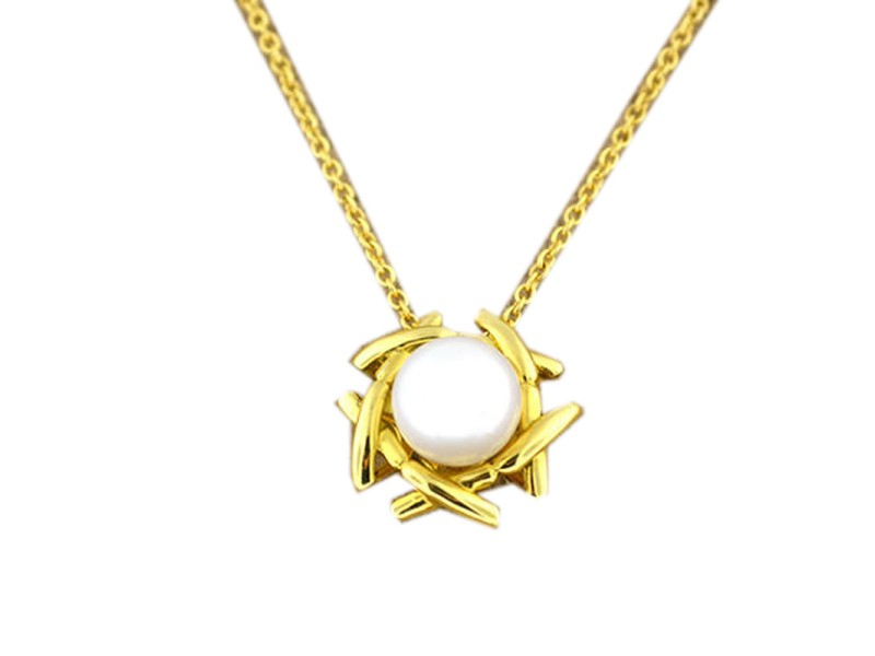 Tiffany & Co. 18k Yellow Gold And Pearl Pendant Necklace