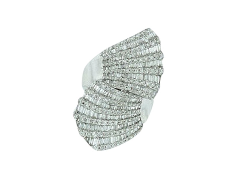 18K White Gold And Diamond Wave Ring