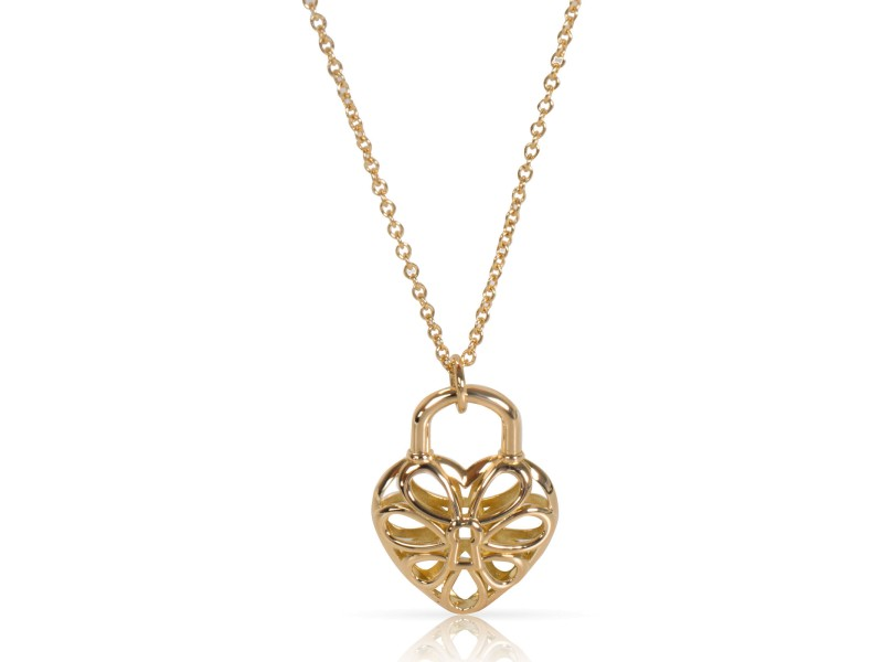 Tiffany & Co. Heart Pendant Necklace 18K Yellow Gold