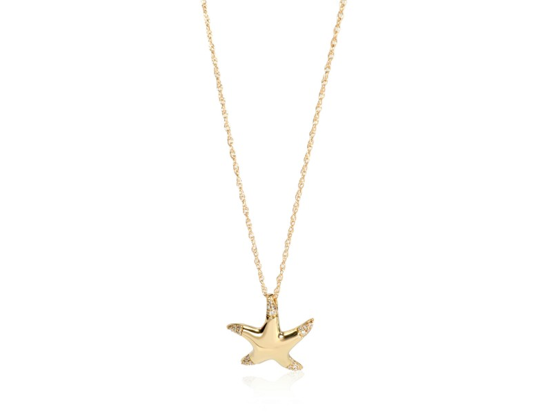 Pave Diamond Starfish Pendant Necklace in 14K Yellow Gold 0.09 ctw
