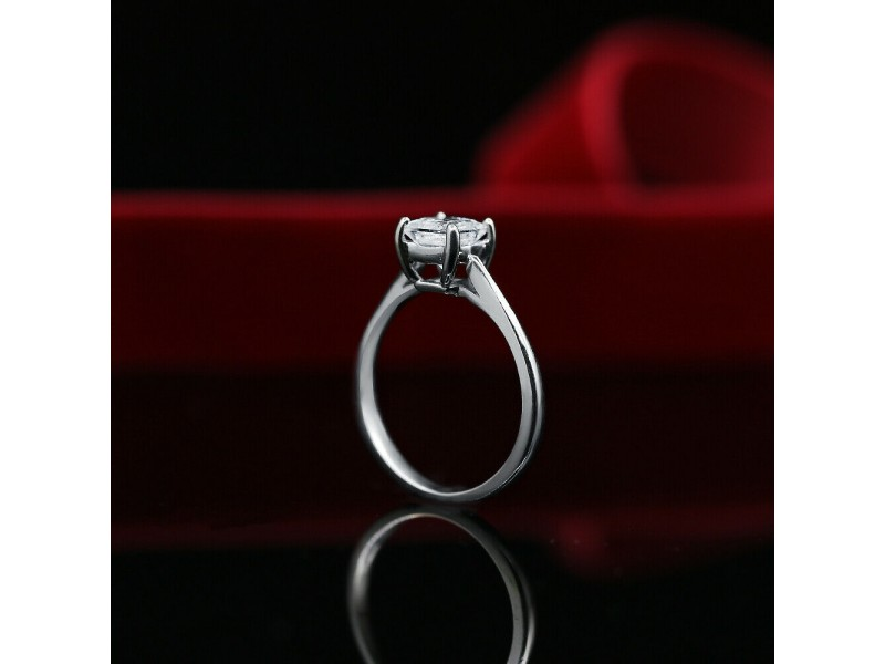 White Gold Engagement Ring with Solitaire 1.01ct. Princess Cut Diamond