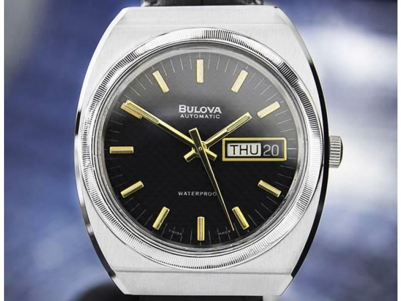 Mens Bulova N7 36mm Day Date Automatic, c.1970s Vintage Swiss DN140