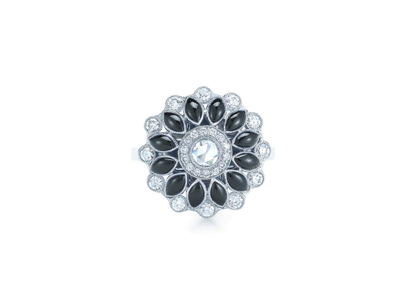 Kwiat 18k White Gold Fancy Ring From The Vintage Collection Size 6