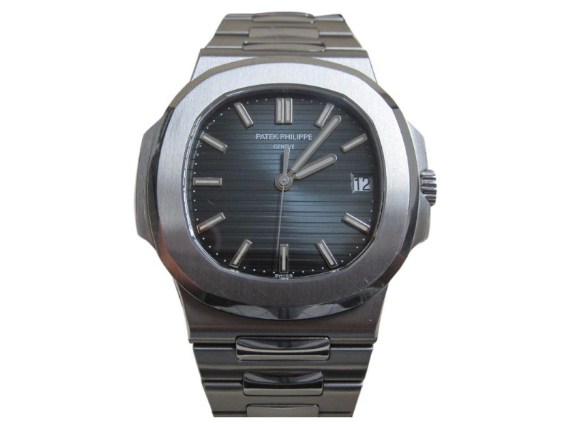 Patek Philippe Nautilus 5711/1A 001 38mm Mens Watch