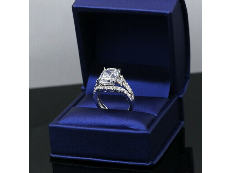 Great 18k White Gold Engagement Ring with Diamonds 6.29ct.