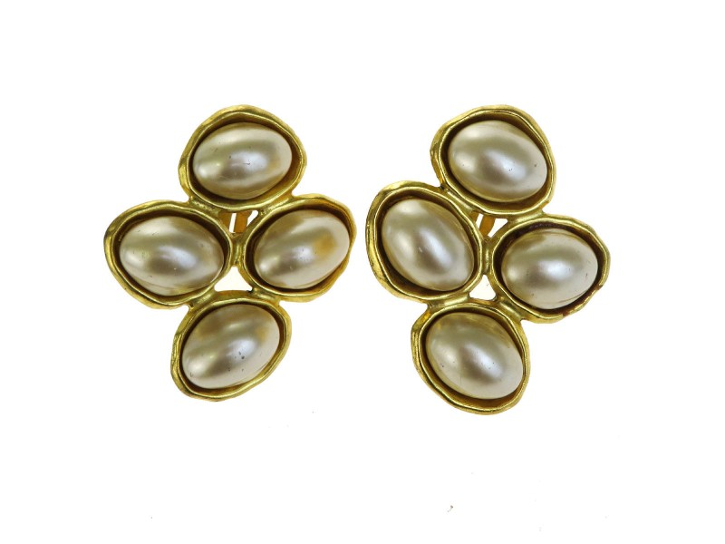 Chanel CC Logos Gold-Tone Hardware with Simulated Glass Pearl Clip-On Earrings