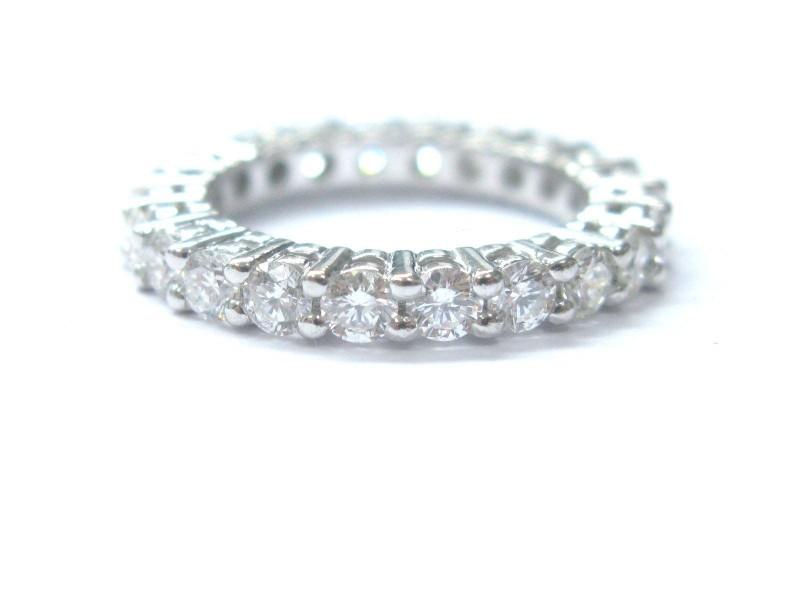 14K White Gold  Round Cut Diamond Eternity Band Ring